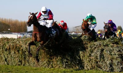 One For Arthur wins the 2017 Grand National at Aintree